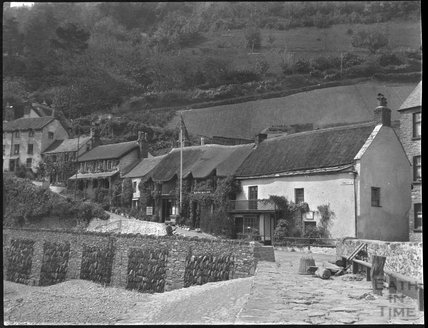 Rising Sun Inn and cottages, Lynmouth, c.1900s