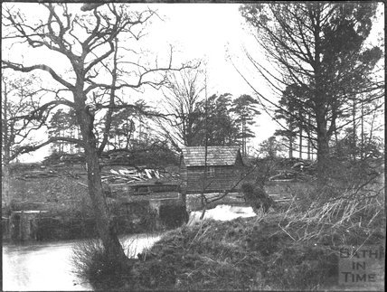 Sluice gate and hut, unidentified location, c.1900s