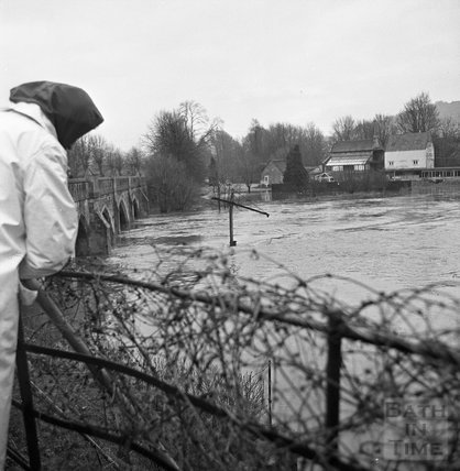 Looking over at the flooded river and boat lift at the Batheaston Toll Bridge, 22 January 1971