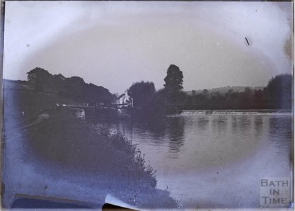Kelston lock with lock keeper's cottage, near Bath, c.1902