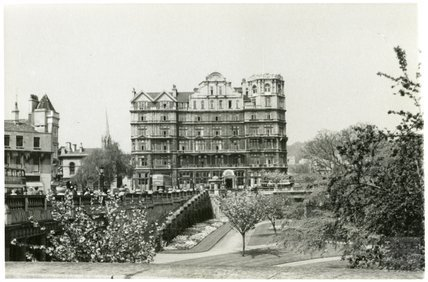 The Empire Hotel viewed across Parade Gardens, 1953-55