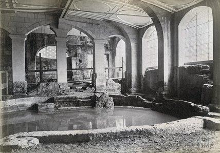 Circular Roman Baths c.1890 by 34955 at Bath in Time