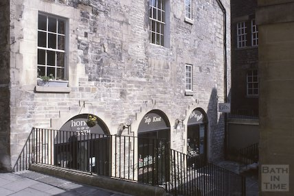 Lilliput Court, off Abbey Green, Bath, May 1979
