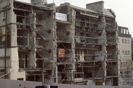 Barton Court being demolished, New Bond Street, June 1980