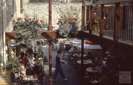 Cafe, Shire's Yard, Broad Street, 1991
