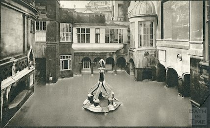 View of King's Bath with Pump Rooms on the right c. 1930