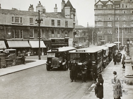 Buses in Grand Parade/Terrace Walk, Bath c.1935
