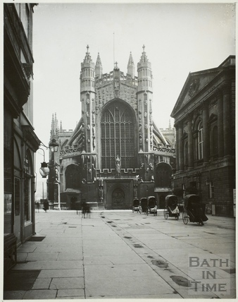West front of Bath Abbey and Grand Pump Room, Bath c.1930
