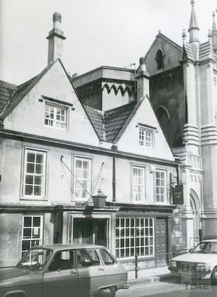 The Saracen's Head, 42, Broad Street, Bath c.1987