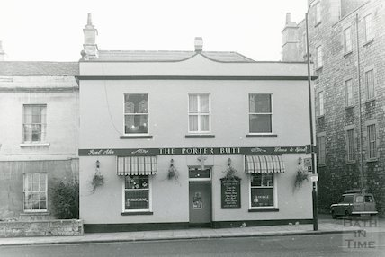 The Porter Butt, London Road November, 1983