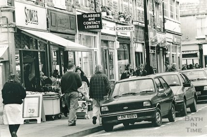 Local shops at Moorland Road, Oldfield Park, 7 April 1992