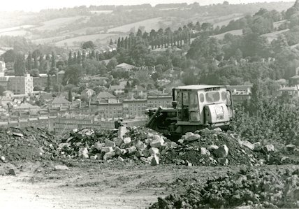 Clearing land at Beechen Cliff, 19 July 1982
