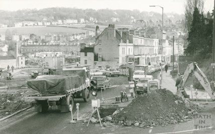 Constructing the new one way system on Claverton Street, Widcombe, 28 January 1975