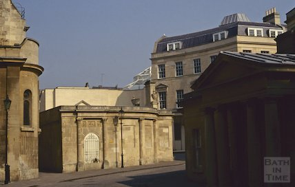 The Cross Bath showing the Colonnades shopping centre in the background, April 1992