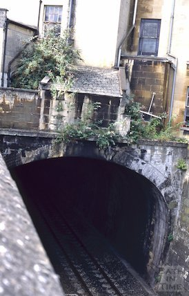 Great Western Railway as it passes under Raby Place, Bathwick, August 1995