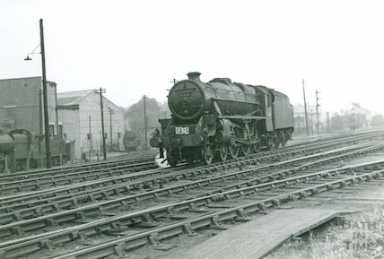 Class 5 No.45260 at Bath Green Park, c.1960s
