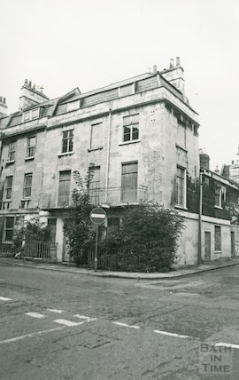 1 Great Stanhope Street, 1 Sept 1982