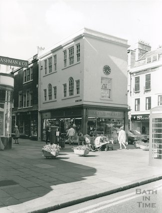 The Golden Cot, Old Bond Street, May 1974