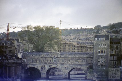 Pulteney Bridge with the Beaufort (Hilton) Hotel being constructed in the background, c.1972