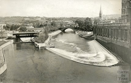 The newly completed weir and sluice at Pulteney Bridge, Bath, 14 May 1973