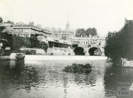 The construction of Grand Parade, Bath, c.1900