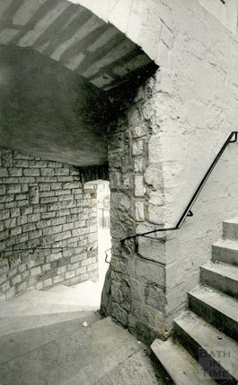 The steps accessing Pulteney Bridge from above, 2 July 1973