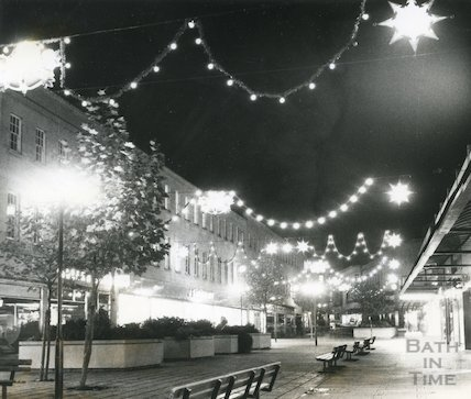Southgate Street Christmas Lights, 29th November 1976