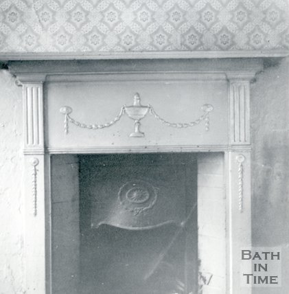 Iron fireplace situated in the front room of 21, Broad Street Place (Gracious Court), Bath, 1964
