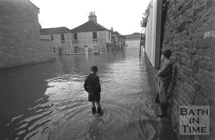 Floodwater on Westmoreland Road at the junction of Cheltenham Street, Bath, 1968