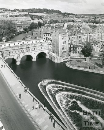 Pulteney Bridge and weir viewed from the Empire Hotel, Bath, 1975/6