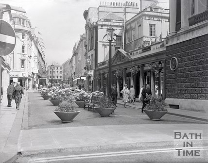 Stall Street opposite the Pump Room viewed from Bath Street, c.1970