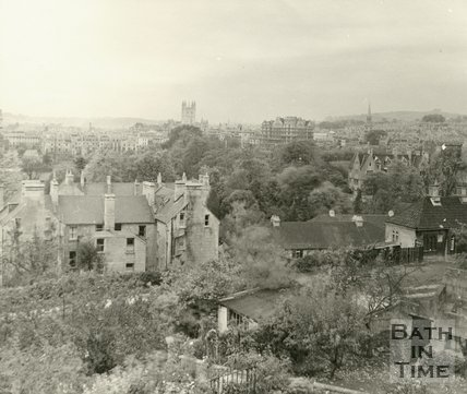 View towards Bath Abbey and the Empire Hotel from Sydney Buildings, Bath c.1920