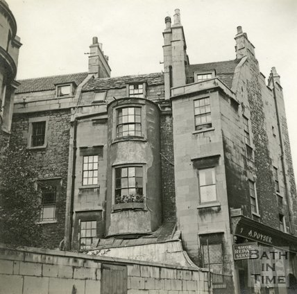 7, Bennett Street and the rear of 20, Circus, Bath c.1940