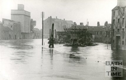 The flooded Broad Quay area, Bath c.1930