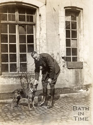 Colonel Rawlinson and German messenger dog