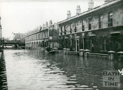 Bath Floods, Victoria Bridge Road, 1947