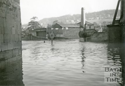 Thimble Mill and River Avon taken from Ramsey's Slip, Widcombe during the Bath Flood of 1960