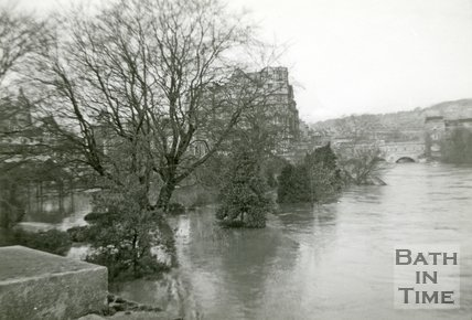 Parade Gardens and the River Avon during the Bath Flood of 1960