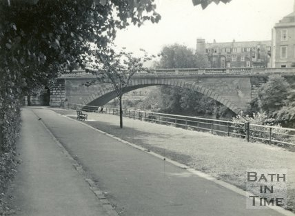 North Parade Bridge, Bath c.1960