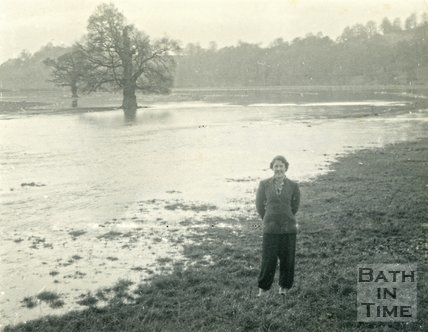 The Newbridge Road area, Bath during the floods 1954