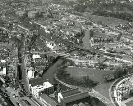 1960 Aerial view of Green Park, Lower Bristol Road and Stothert & Pitt works, Bath