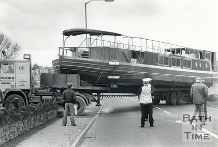 Caution, boat crossing!, 26 April 1983