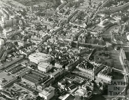 c.1982 Aerial view of Bath looking over Ham Gardens car park towards Bath Abbey