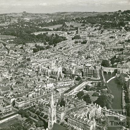1946 Aerial view of Bath looking towards the Abbey, 19 June