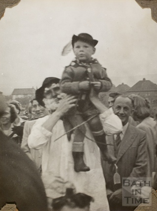 Robin Hood fancy dress, Charlton Park, Keynsham 1945
