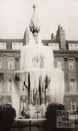 The frozen fountain at Laura Place, Bath 1929