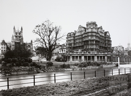 View from the river to the Empire Hotel, Abbey and Parade Gardens, Bath 1948
