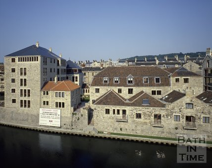 The newly completed riverside development of Northanger Court, Grove Street, Bath, c.1982