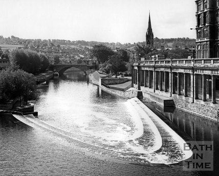 The weir at Pulteney Bridge and Grand Parade, c.1973