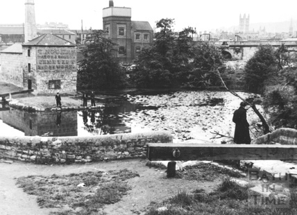 Compensating pool above Lower Lock, Widcombe, Bath 1956